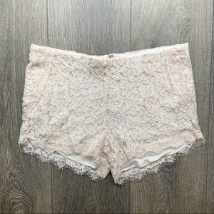 Aritzia Wilfred Pale Pink Lace Shorts Size 0